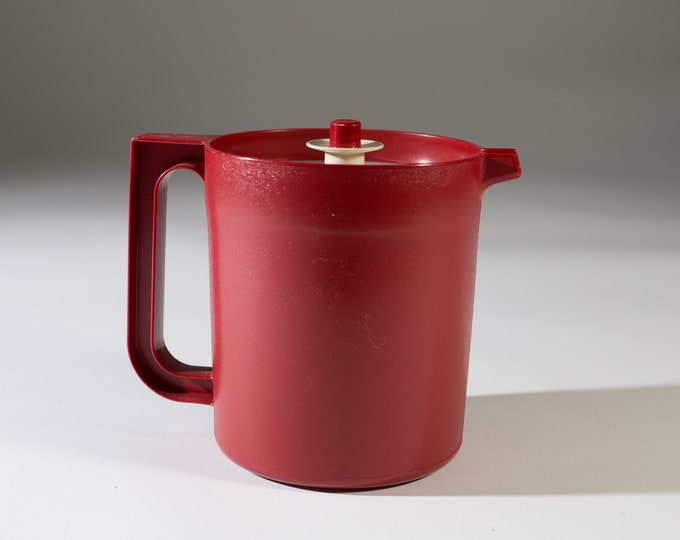 Tupperware Red Pitcher - Vintage Kitchen Decor - Collectible Serving ware - 80's Kids Kool-aid jug
