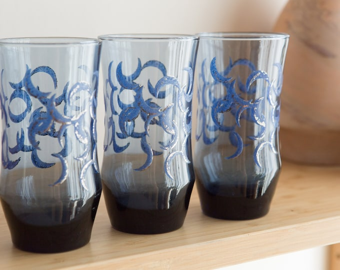 3 Blue Drinking Glasses with Moons - 12oz Vintage Midnight Blue Celestial Witchy Fortune Teller Cocktail Bar Glasses