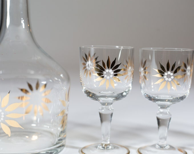 Decanter Wine Set - 5 x 50z Cocktail Glasses and Decanter with Gold Painted Flowers - Mid Century Modern Italian Style Liquor Bottle