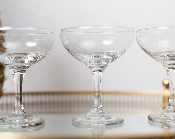 4 Champagne Coupe Glasses - Luminarc 5oz Mid Century Modern Hollywood Regency Cocktail Glasses - Retro Party Stemware