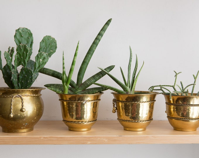 4 Vintage Brass Planters - Set of Four Round Metal Brass Pots for Succulents, Cactus, Plants, Herbs, etc - Gold Coloured Bowl