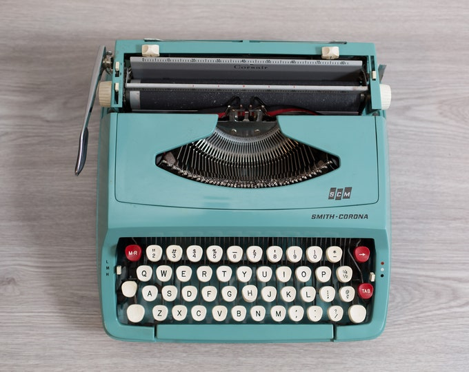 Smith Corona Typewriter - Vintage WORKING Teal Turquoise Portable Typewriter with Original Carrying Case - Mid Century Modern Decor -England