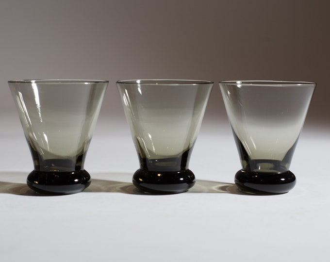 Set of 3 Vintage Smoke Gray Apéritif Fluted Glasses (MCM Mad Men 1960's Martini Bubble Style Liquor Barware)