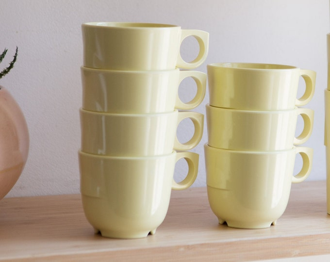 1950's GPL Melmac - Vintage Melamine Teacups - 7-piece Set with Saucers - Pale Yellow Tea Cups - Dishes for Kids