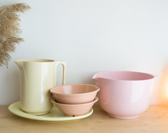 5 Vintage Melamine Kitchen Bowls, Plate, Pitcher - Pastel Yellow, Pink, Rose Colored Melmac Serving Camping Bowls