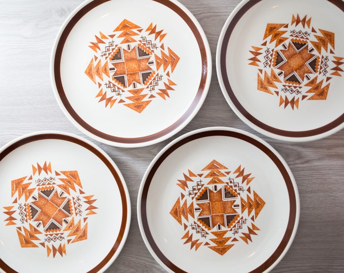Set of 4 Vintage Dinner Plates with Aztec Chevron Geomtric Pattern / SouthWest Orange and Brown Triangle Chevron Shape Triangle Design