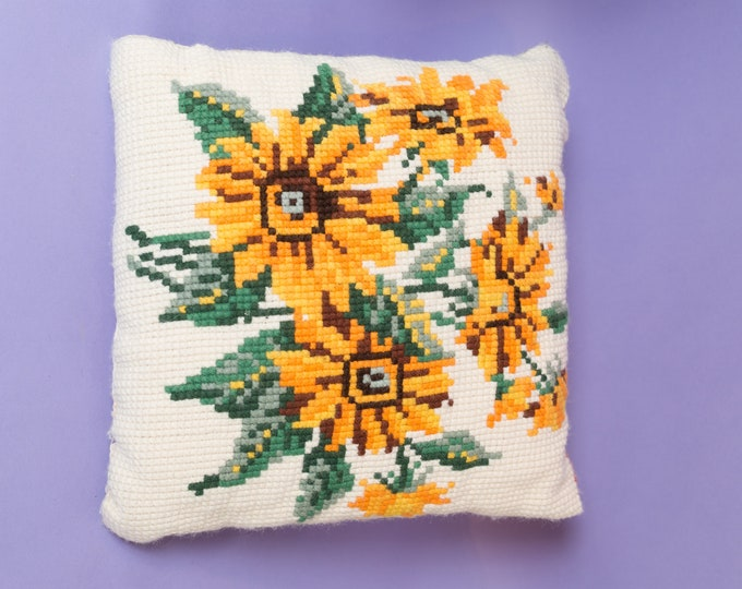 Vintage Crochet Pillow - 15x15 Rose Needlepoint Cross Stitch Decorative Throw Pillow