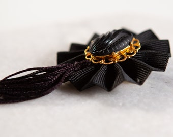 Vintage Black Hat Brooch with Gold Detailing - Clip on Costume Jewelry Pin - Funeral / In Mourning Jewelry