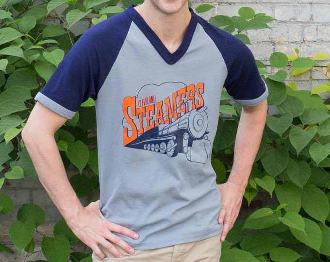 Vintage Men's Shirt / Cleveland Steamers Sports T-shirt / Men's Authentic Knit Tee / Made in Canada / Baseball Shirt