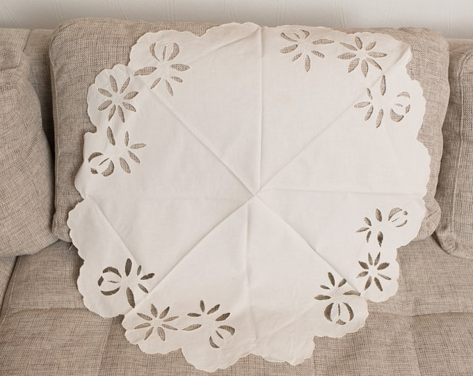 Vintage Table Linen - White Round Cut Fabric Threaded Embroidered Centrepiece Place Setting