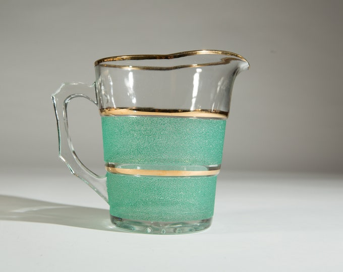 Emerald Glass Pitcher - Vintage Textured And Gold Juice or Cocktail Barware Jug - Mid Century Modern Hollywood Regency Boho Design