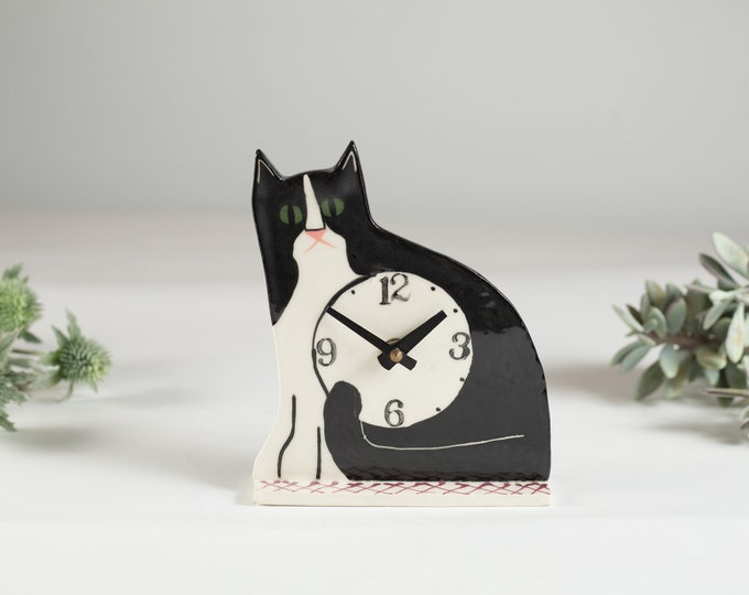 Cat Clock - Mothers Day Gift - Minimalist Decor - Ceramic Bedside Clock for the Kitty Lover