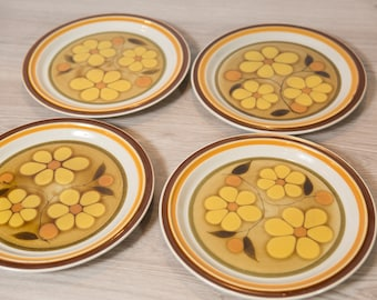 Vintage Dinner Plates - Set of 4 Acsons Japan Genuine Stoneware 'Daisydale' Pattern - Floral Plates with Ornate Yellow Flowers Dinnerware