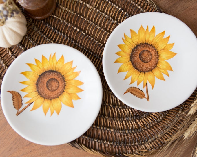 Vintage Sunflower Plates - English Ironstone Pottery Ltd. - Flower Pattern Motif - Made in England - Fall Autumn Thanksgiving Decor