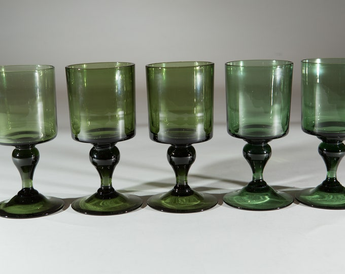 5 Vintage Green Stem Wine Glasses - 10oz Handblown Southwestern Desert Style Cocktail Stemware Glassware