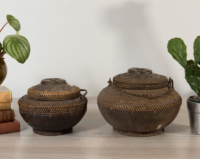 2 Woven Wicker Bowls - Vintage Brown Rattan Grass and Wood Bubbled Palawan Fruit Bowl from  Philippines -Rustic traditional Indigenous Decor