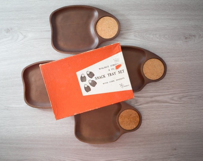 Snack Tray Set / Vintage Imperial 4-piece Snack Tray Set with Walnut Finish and Cork Coasters / Inserts for Coffee Mugs