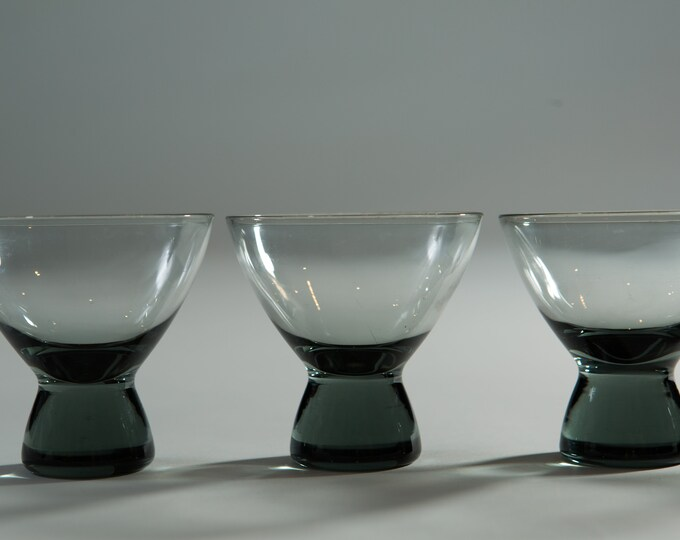 Set of 6 Vintage Smoke Gray Apéritif Glasses with solid base (MCM Mad Men 1960's Martini Bubble Style Liquor Barware)