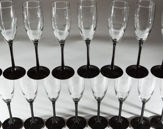 Vintage Champaign Flutes - 1980's Black Stem Glasses - New Year's Eve Party Celebration Glassware - Liquor Stemware / Mother's Day Barware