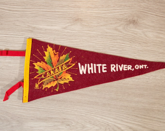 White River, Ontario Pennant - Vintage Canadian Felt Souvenir Hanging Triangle Shaped Wall Decor - Boys Room Wall Hanging