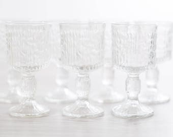 Vintage Icicle Glass Goblet / Textured Scandinavian Finnish Style Finland Cocktail Wine Glasses / Mid-Century Modern Nordic Stemware