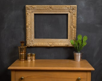 Antique Gold Frame - Metallic Coloured Rustic Ornate Rectangle Wood Frame for Prints, Artwork, Painting Pictures, Mirror