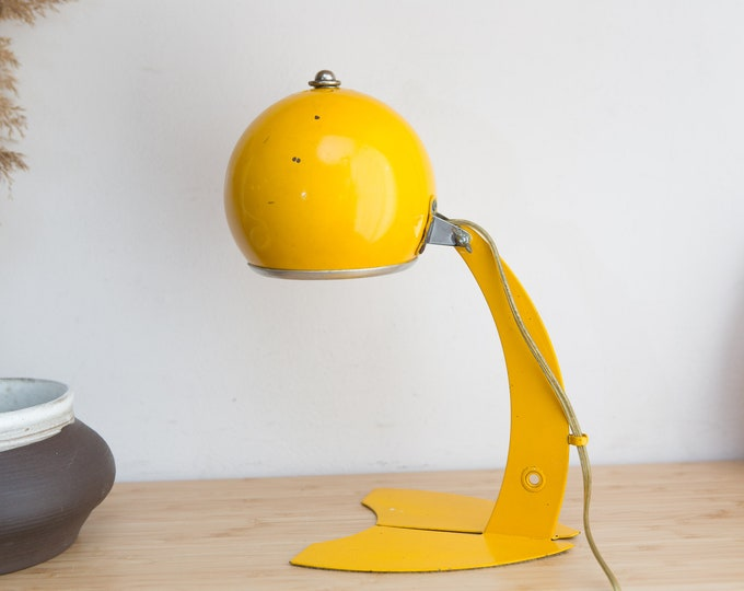 Yellow Desk Lamp / Vintage Atomic Space Age Mid Century Model Style Adjustable Accent Lamp / Lemon Yellow Bedside Light