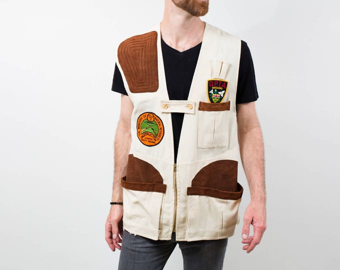 Outdoors Hunting Vest / 1970's Vintage Men's Medium Brown and Cream Wild Game Sports Trapper Country / Barrie, Ontario Canada / Duck Dynasty