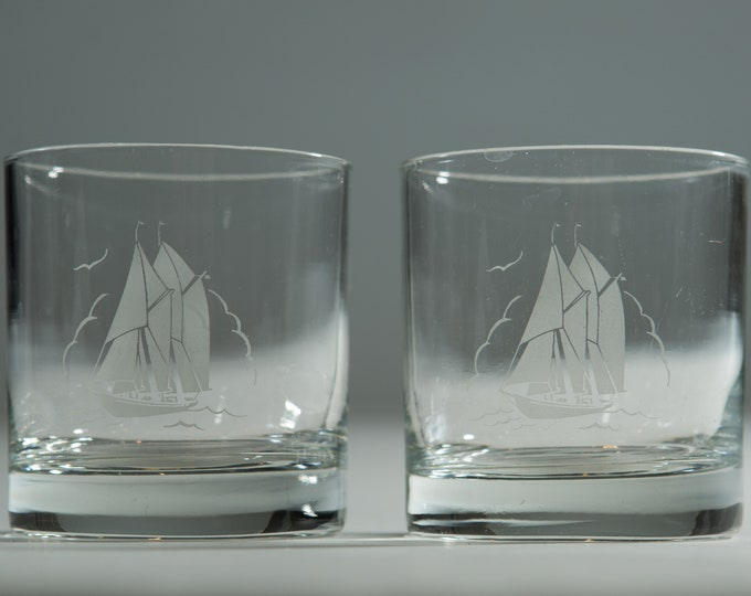 Frosted True North Whisky blue nose Bar Glasses / 7oz Nautical Ocean Design with Ship and Birds at Sea / Tru Nord France