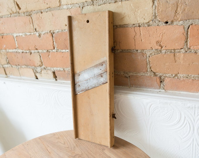 Vintage Wood Slicing Board - Vegetable or Cheese Sliver - Rustic Primitive Antique Farmhouse Kitchen Decor