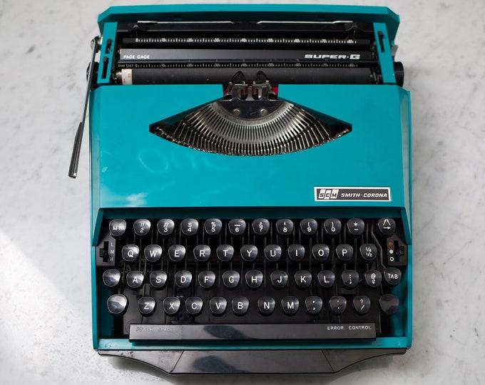 Smith Corona Super G Typewriter - Vintage WORKING Teal Turquoise Portable Typewriter with Original Carrying Case - Mid Century Modern Decor