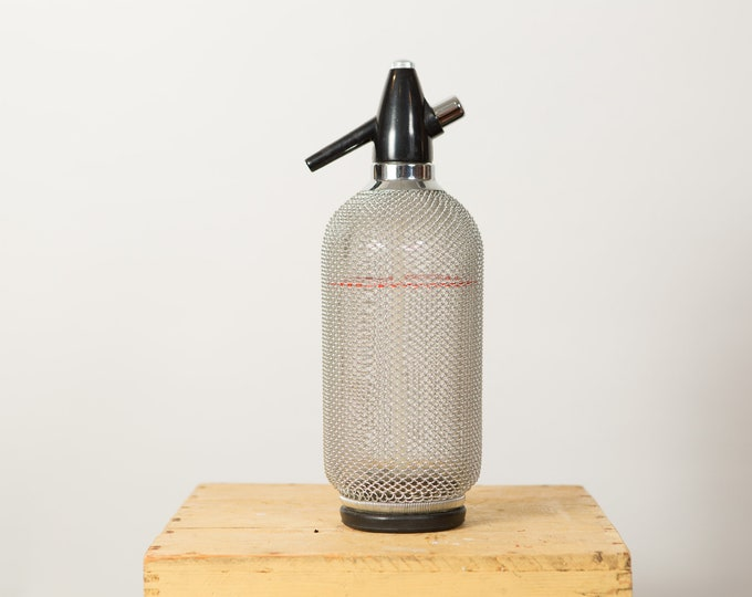 Vintage Seltzer Bottle - Wire Mesh Soda Siphon - Vintage Cocktail Barware - Glass Bottle - Braided Metal Soda Dispenser - Vintage Barware