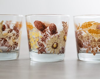 Vintage Autumn Glasses / Set of 6 Lowball Glasses with Leaf and Flower Motifs / Cocktail Glassware Thanksgiving Fall Season