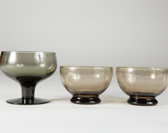 Smoke Grey and Brown Footed Compotes Glass - Vintage Bowls - MCM Mad Men 1960's Style Stemware / Barware