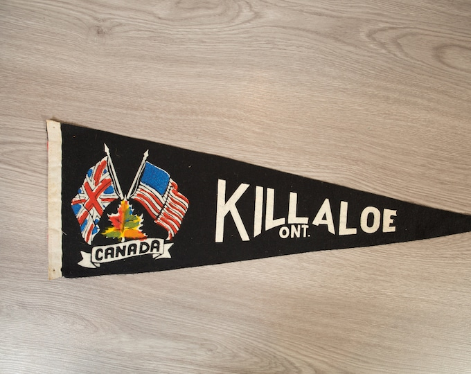 Killaloe, Ontario Pennant - Vintage Canadian Felt Souvenir Hanging Triangle Shaped Wall Decor - Boys Room Wall Hanging