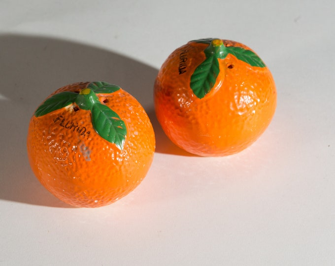 Orange Salt and Pepper Shakers - Vintage Ceramic Orange Colored Fruit - American Kitsch Dinner Tableware