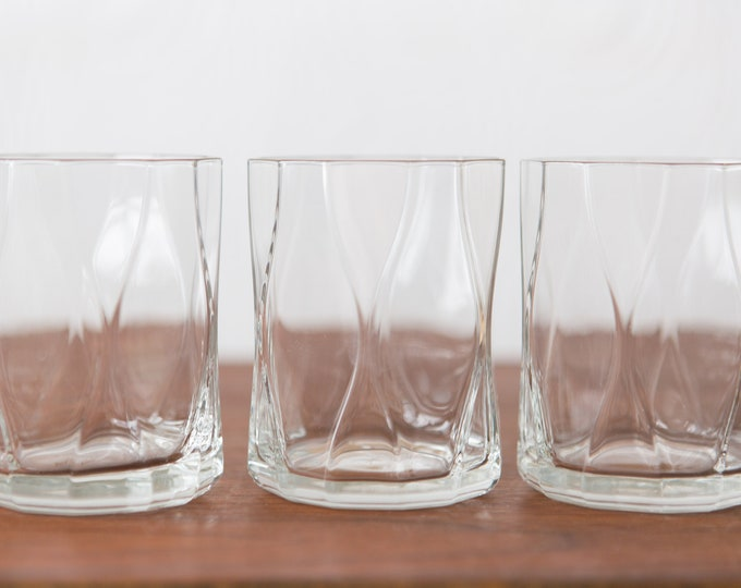 Bormioli Rocco Drinking glasses - Set of 3 Geometric Cocktail Glasses - Clear Glass Barware - New Years Party Glassware
