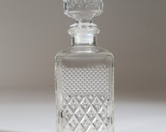 Vintage Liquor Decanter - Diamond Cut Whiskey Glass Bottle with Stopper