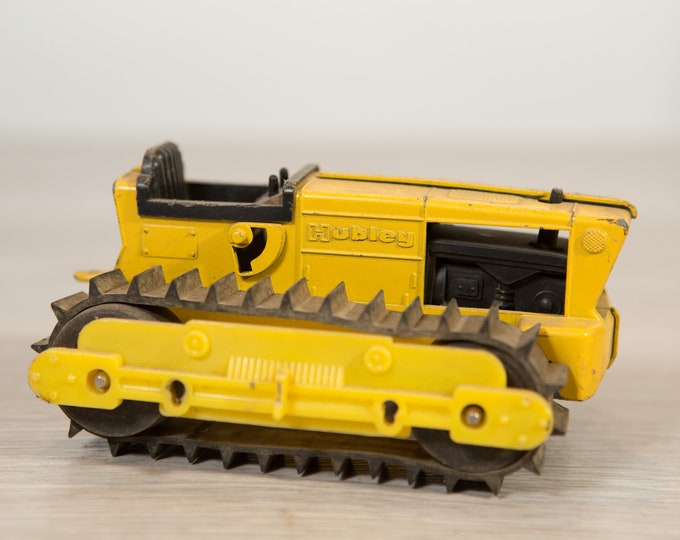 Vintage Hubley Bulldozer Construction Truck - Collectible Yellow Front End Loader Antique Metal Toy