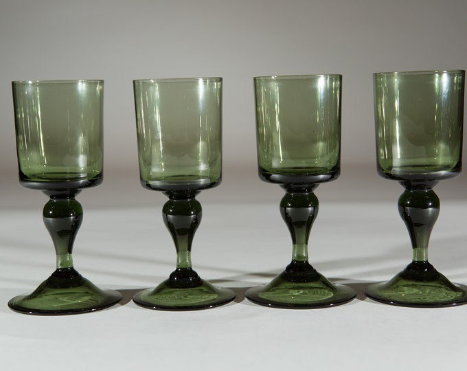 4 Vintage Green Stem Wine Glasses - 5oz Handblown Southwestern Desert Style Cocktail Stemware Glassware