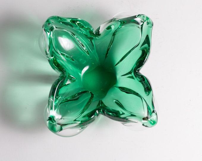 Green Petal Art Glass Dish - Handblown Studio Glass - Mid Century Modern Norwegian Home Decor - 4 leaf clover style