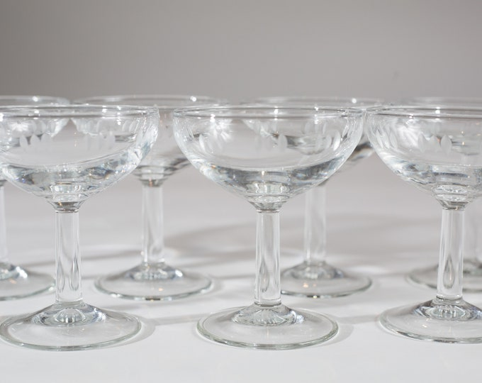 11 Champagne Coupe Glasses - Luminarc 3oz Mid Century Modern Hollywood Regency Cocktail Glasses - Retro Party Stemware