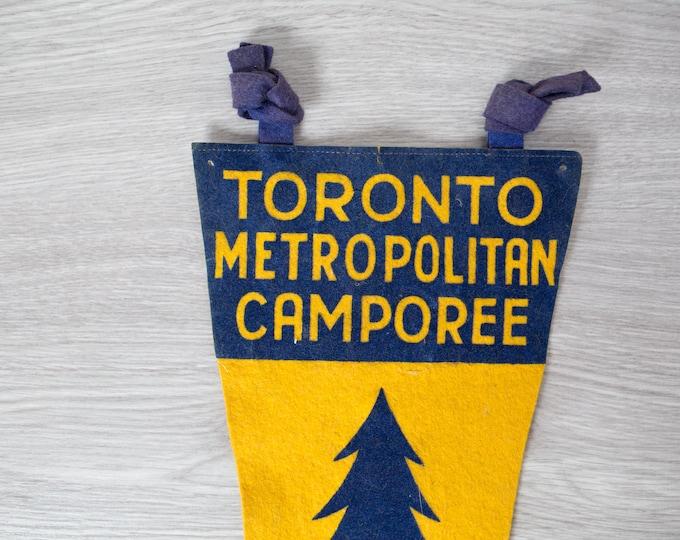 Vintage Toronto Pennant / 1950's Felt Souvenir Hanging Triangle Shaped Camping Tree Theme Wall Decor / Toronto Metropolitan Camporee 1952