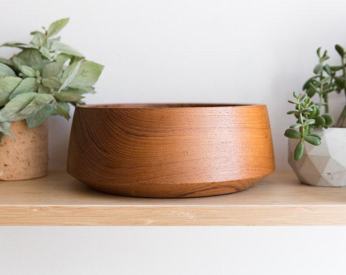 Teak Salad Bowl - Vintage Solid Exotic Wood Food Safe Serving Appetizer Dish Platter - Hand Carved Hardwood - Danish Modern Nordic Scandi