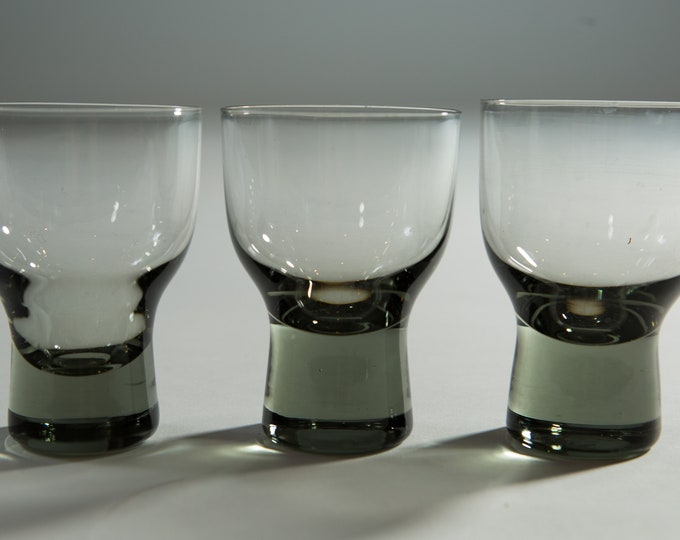 Set of 3 Vintage Smoke Gray 3.5oz Apéritif Glasses with solid base (MCM Mad Men 1960's Martini Bubble Style Liquor Barware)