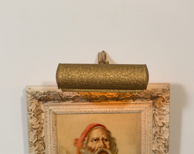 Wall Picture Light - Vintage Antique Brass Colored Adjustable Metal Painting / Artwork Tube Lamp