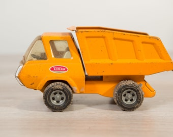 1960's Vintage Tonka Construction Truck - Collectible Yellow Front End Loader Antique Metal Toy