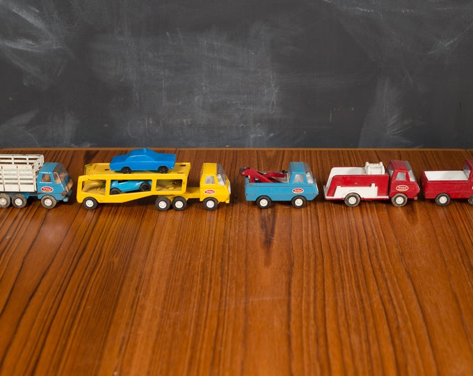 1960's Vintage Tonka Farms Red Trucks - Set of 5 small Collectible Antique Metal Toys