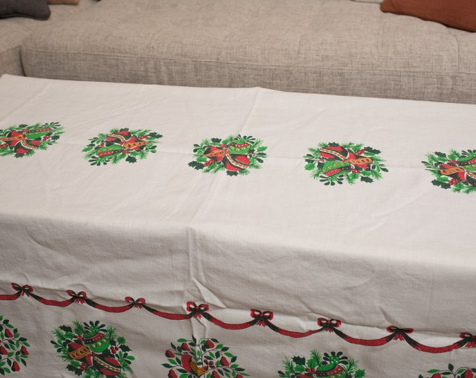 Vintage Christmas Tablecloth - off-White Festive Table Linen with Red and Green Wreaths and Balls - Retro Fabric Tapestry
