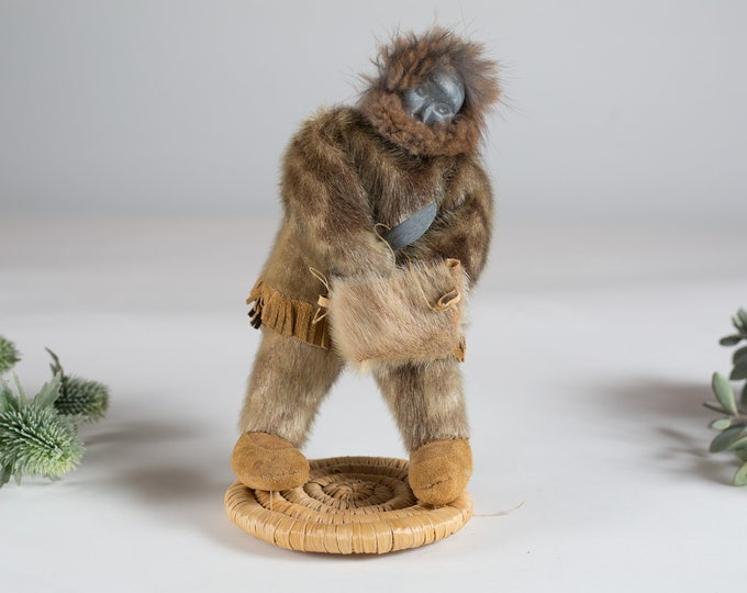Vintage Inuit Doll - Stone, Leather and Fur Handmade Art Figurines / Northwest Territories Canada Souvenir